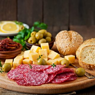 antipasto-catering-platter-with-salami-and-cheese--PFSNN59